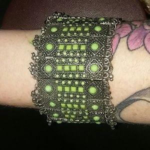Jewelry - Green boho bracelet